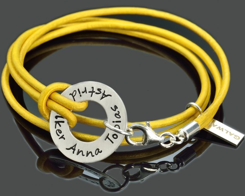 armband leder mit gravur lederarmband mit namen. Black Bedroom Furniture Sets. Home Design Ideas