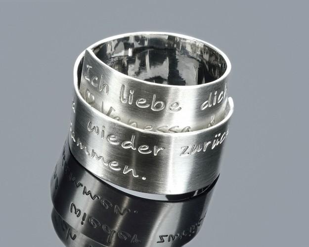 SILBERRING MIT GRAVUR, DESIGNER RING, EHERINGE